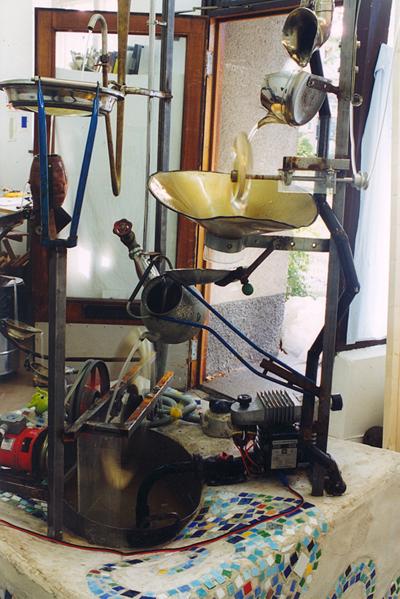 Ergon 1999. Skulptural utsmyckning till tekniska museet i Trollhättan. En